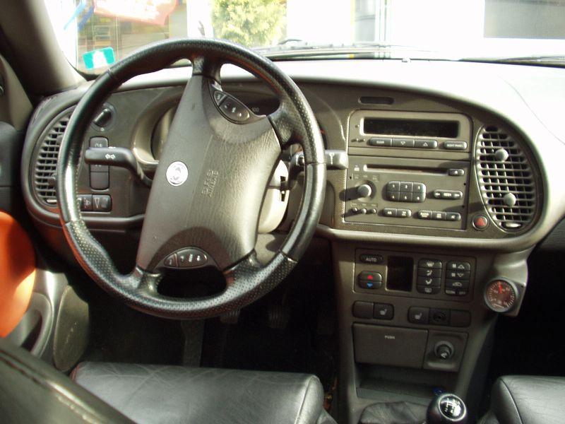 Carbon Dash on Saab 9 3 Convertible